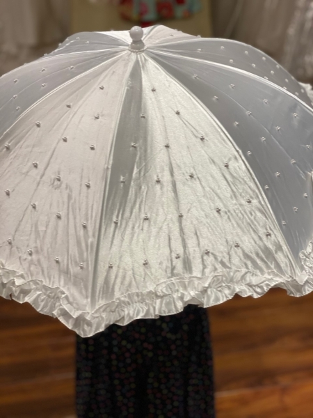 WHITE SATIN COMMUNION UMBRELLA 711P